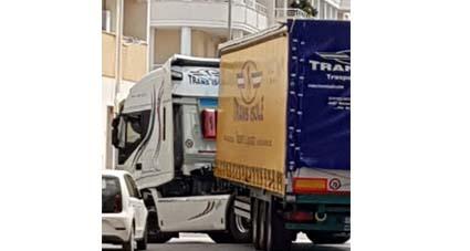 L'Ordinanza del Presidente Solinas agita gli autotrasportatori sardi, temono per le file nei poti
