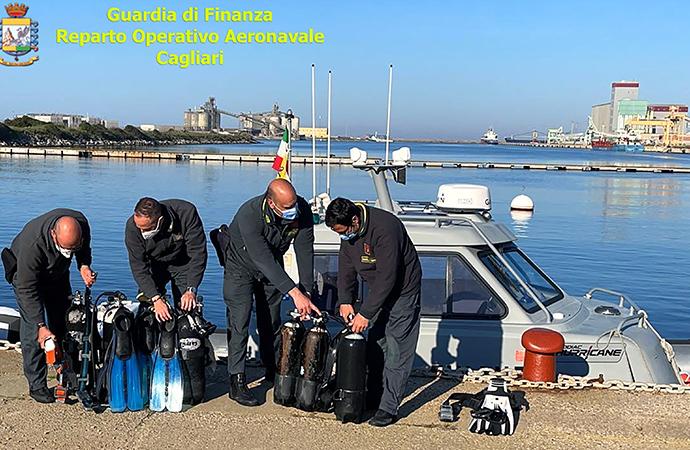 Gdf, pesca illegale in area marina protetta, denunciati due pescatori professionali