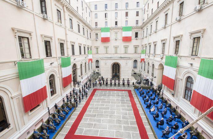 Sottosegretario Pucciarelli (Difesa): Esercito Italiano patrimonio insostituibile.