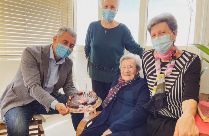 106 anni per la Signora Maria Sechi, gli auguri del Sindaco Conoci