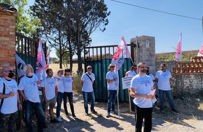 """Gli attivisti di LIBERU a Surigheddu:"""" appartiene al popolo sardo nessuno la venderà agli speculatori!"""