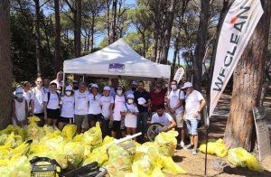 """La spiaggia di Mugoni verrà pulita dai volontari di WeClean. Non è una operazione """"spot""""."""