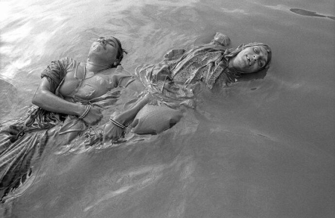 """""""Asincronie"""" , il fotografo Antonio Mannu chiude la seconda edizione del festival del documentario e della fotografia"""
